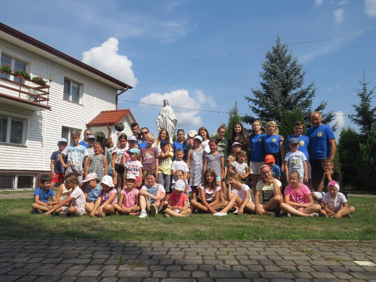 | Zdjęcie dotyczy Wakacje z Bogiem w Warszawicach zostało dodane przez Sebastian  Rębkowski - blog - w dniu 2019-08-19 id nr: 3216167 |