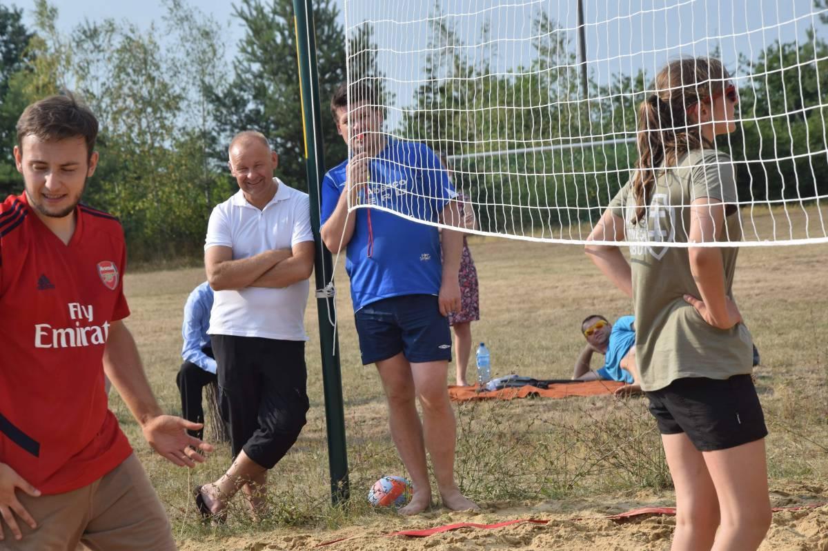 | Zdjęcie dotyczy III Turniej Siatkówki Plażowej w Warszawicach zostało dodane przez Portal internetowy Otwock - iotwock.info - w dniu 2019-07-30 id nr: 31860
